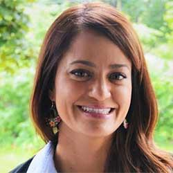 Maria Regan Gonzalez (photo)