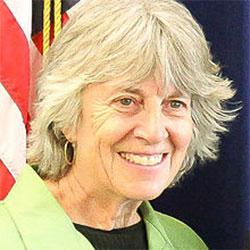 Karen Clark (photo)